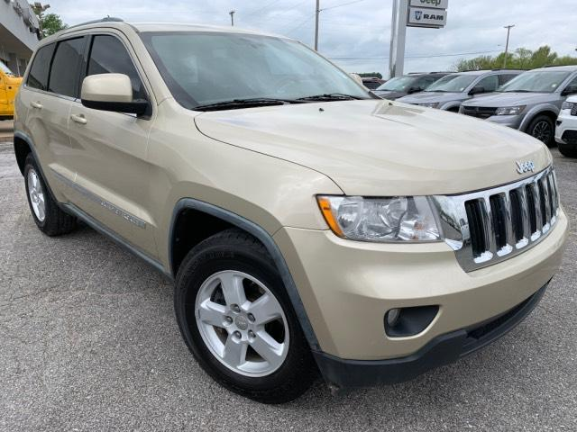 Pre-Owned 2011 Jeep Grand Cherokee RWD 4dr Laredo