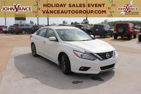 Pre-Owned 2016 Nissan Altima 4dr Sdn I4 2.5 SV